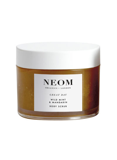 neom_scrub_great_day_1
